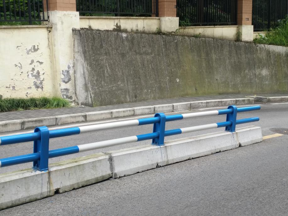防撞护栏生产