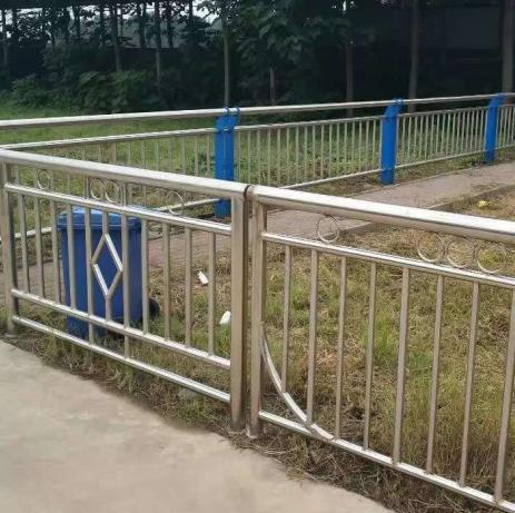 不锈钢栏杆厂家
