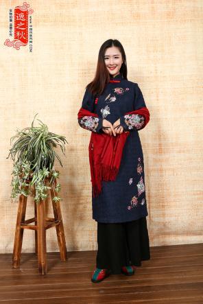 2018时尚大赏,蔡依林一身黄色旗袍美出新高度,时尚圈再刮中国风