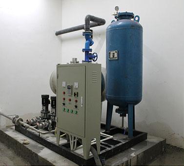 自動供水設備