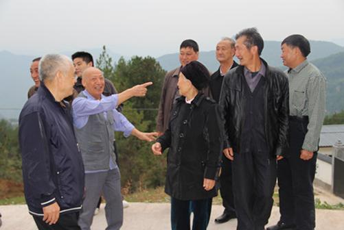 四川南江黄羊原种场召开建场六十周年座谈会
