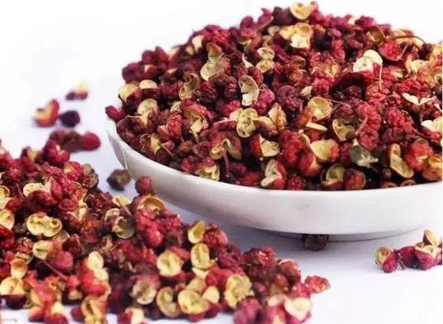 花椒、麻椒、藤椒區別和作用,六香為您詳細講解!