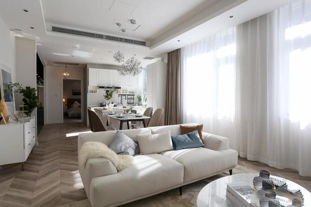 沙发与墙漆的一万种搭配里,这5种闭眼选都不会错。