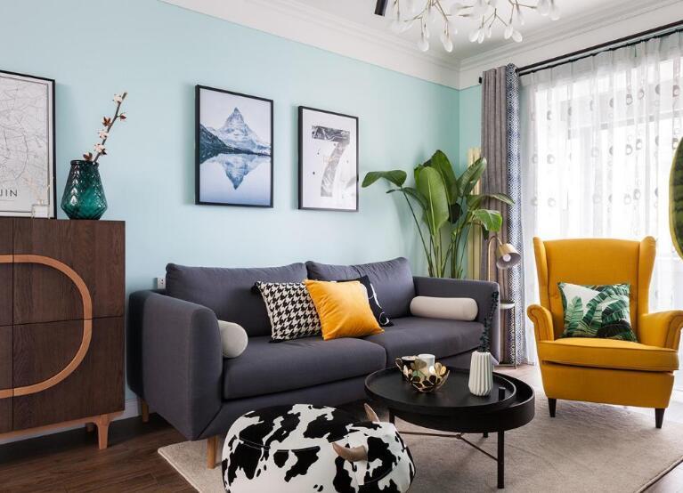 现代三居室客厅沙发装修效果