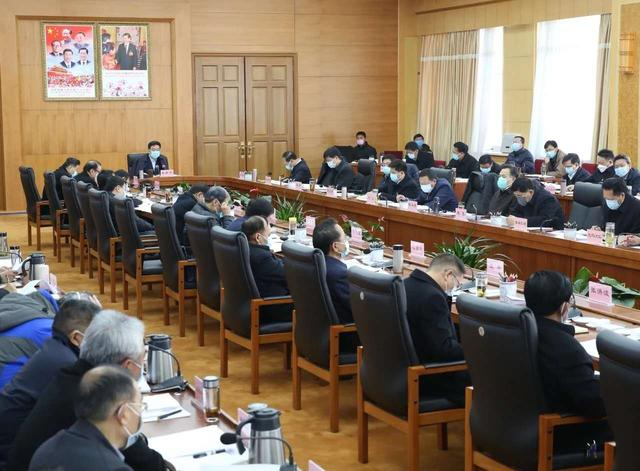 西藏再部署疫情防控和經濟社會發展各項工作