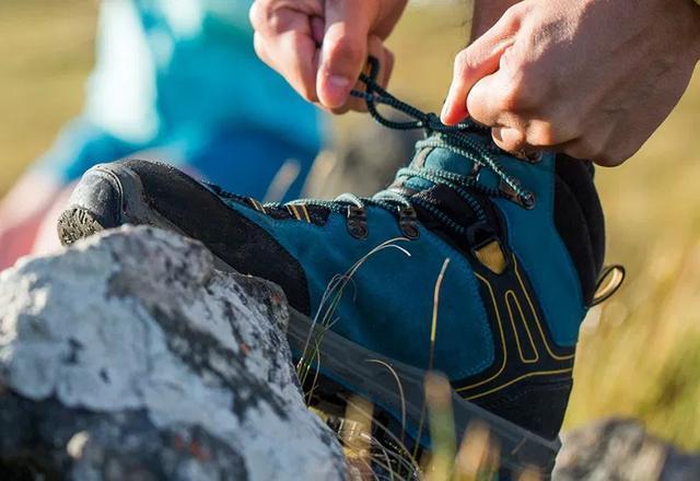 登山,如何绑好系紧你的登山鞋?
