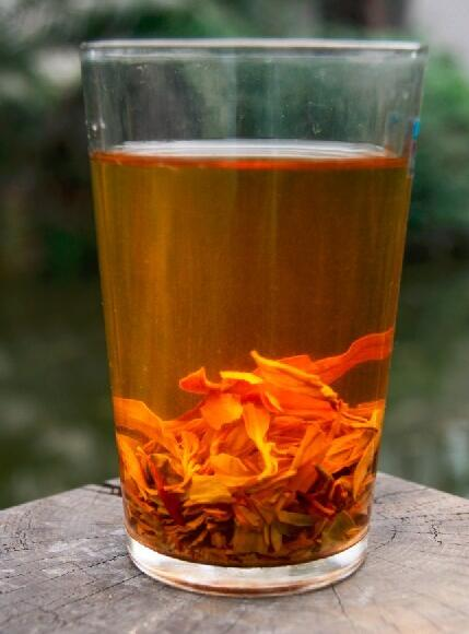什邡红白茶