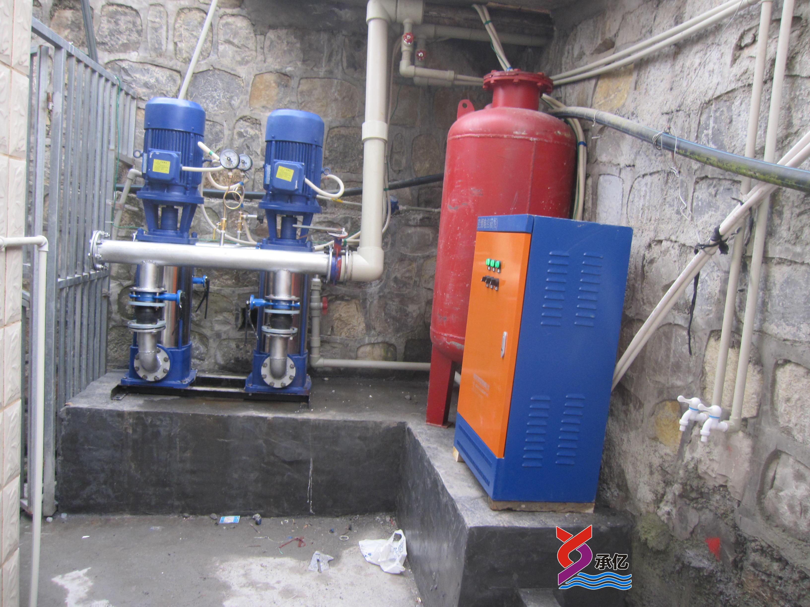 学校应用的变频恒压供水设备