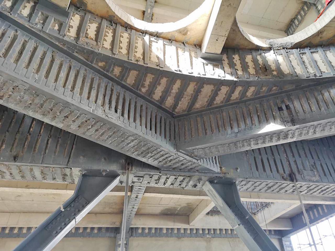 生产厂房结构加固