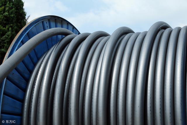 電力電纜布線熱伸縮及其解決措施