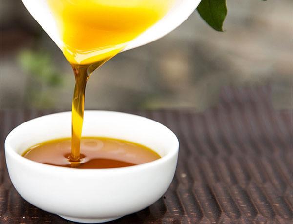 到底什麽是壓榨菜籽油呢