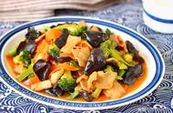 几种蔬菜的巧妙混搭,这做法实在好,1道菜就能下1锅饭