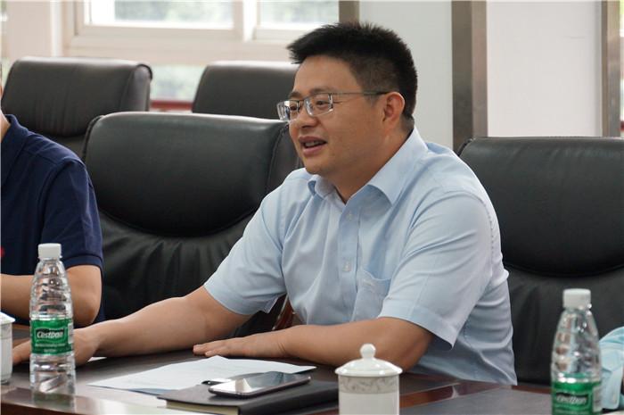 青白江区委副书记、区长池勇一行莅临玉龙公司调研