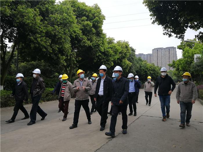市人大常委会副主任巫敏一行莅临新蒲京4473公司进行安全风险防范督导