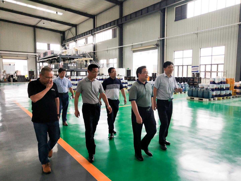 热烈欢迎武汉市新洲区区长刘润长一行赴德美新工厂调研。