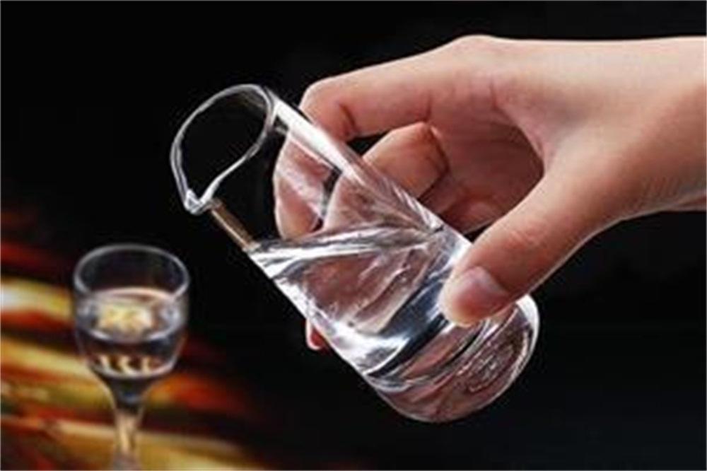 白酒技術-冬天白酒會結冰嗎,白酒為什麽不會結冰