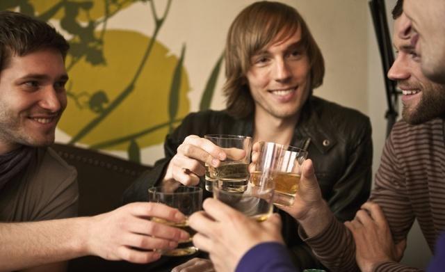 為什麽有人喝完白酒會嘔吐而有的不會?其中的原因你知道嗎?
